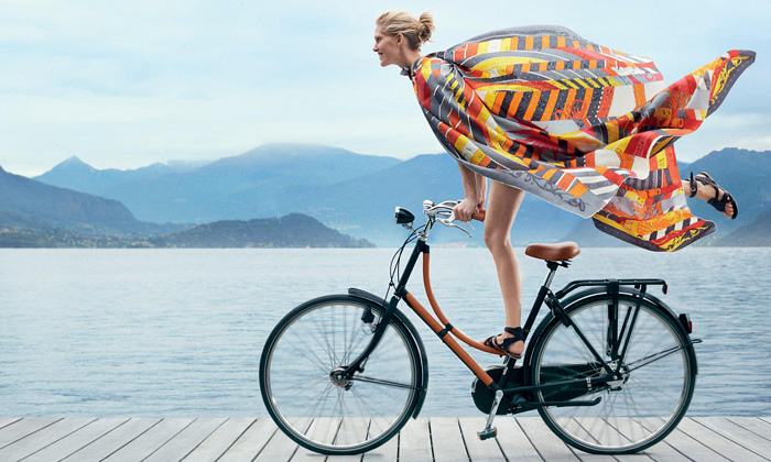 Letní kolekce Hermès překvapila sportovními prvky