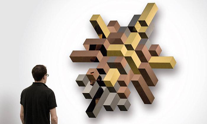 LUXX jsou trojrozměrná zrcadla zleštěných panelů