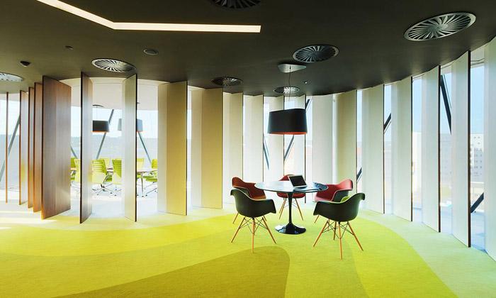 Vallo aSadovský navrhli svěží kanceláře WBP Online