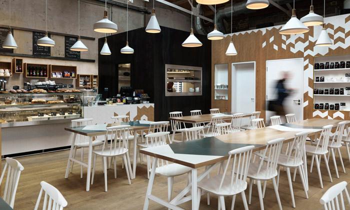 Londýnská továrna seproměnila vCornerstone Café