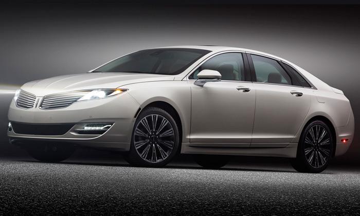 Lincoln odhalil luxusní vozy vprogramu Black Label