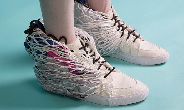 Sibling navrhli stan ukrytý vkotníkových botách