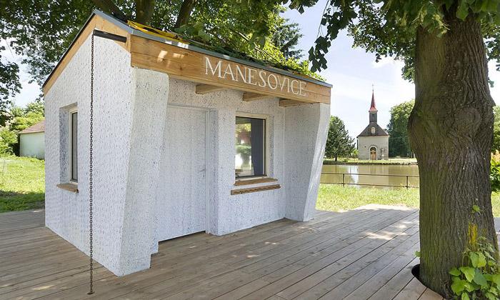 Manešovice mají zastávku odstudentů architektury