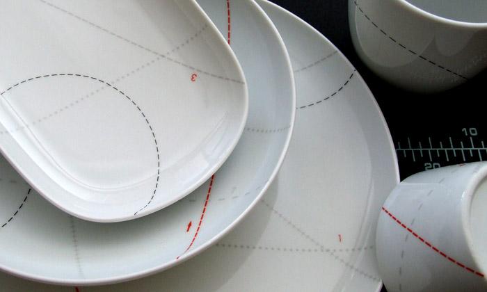 Čeští EHB vytvořili porcelán potištěný střihy zBurdy