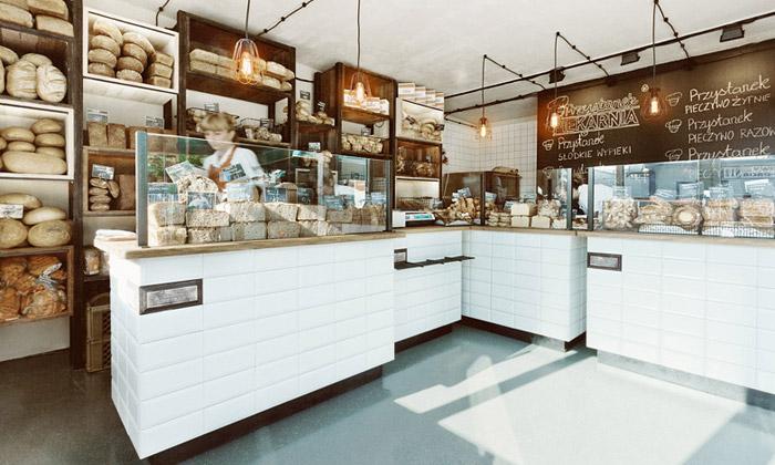 Varšava má novou pekárnu stradičním interiérem