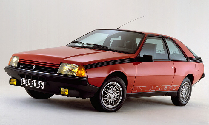 Stylové retro kupé Renault Fuego Turbo slaví 30 let