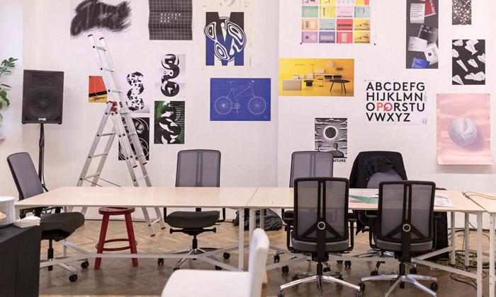 Otevírá setvůrčí ateliér avýstavní prostor Tonlab