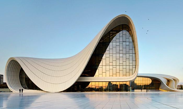 Hadid podruhé dokončila kulturní centrum vBaku