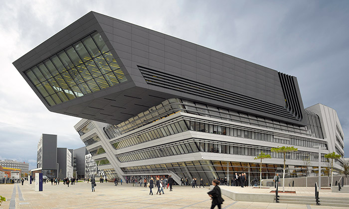 Zaha Hadid postavila Vídni univerzitu sknihovnou