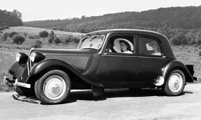 Revoluční vůz Citroën Traction Avant slaví 80 let