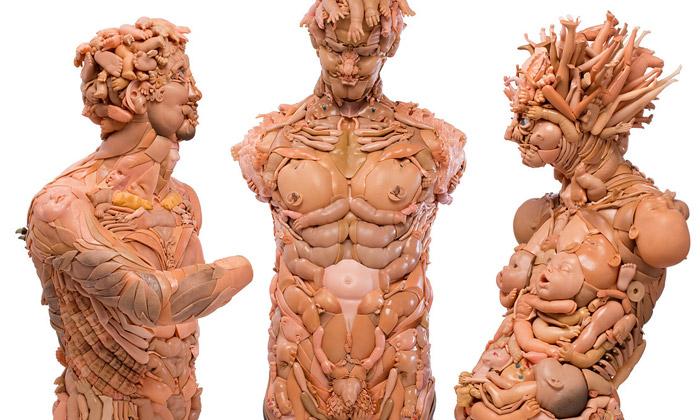 Freya Jobbins tvoří sochy lidí zpanenek ahraček