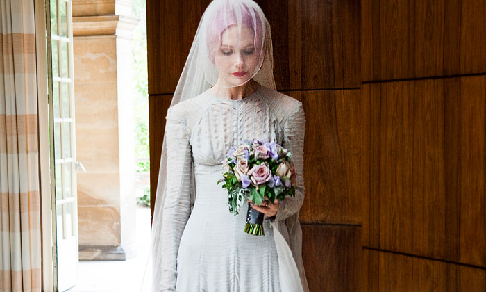 Londýn vystavuje svatební šaty slavných za 240 let