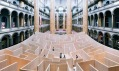 BIG ajejich bludiště Maze vThe National Building Museum veWashington D.C.