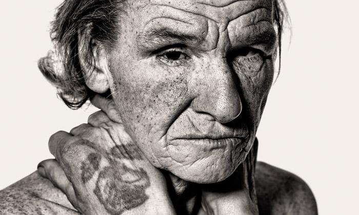 Art Wall vystavuje fotky letenských lidí bez domova