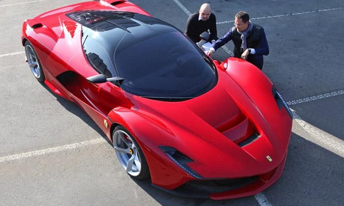Hvězdní automobiloví designeři vystoupí vPraze