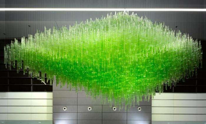 Florentinum ozdobila tři skleněná svítidla Bamboo