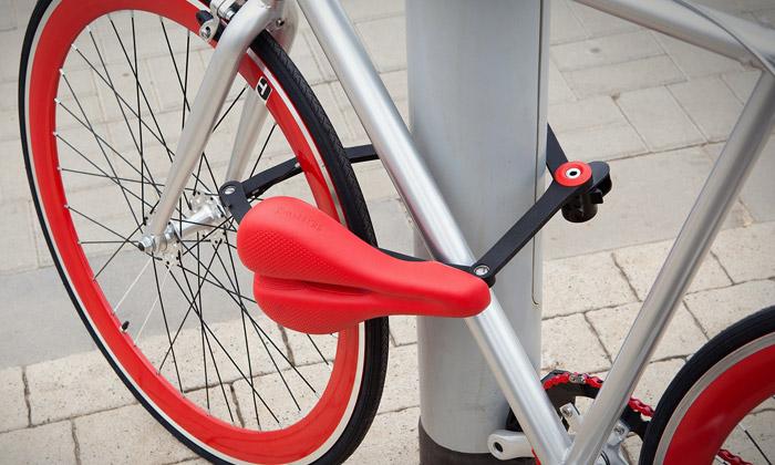Cyklistické sedlo Seatylock selehce změní vzámek