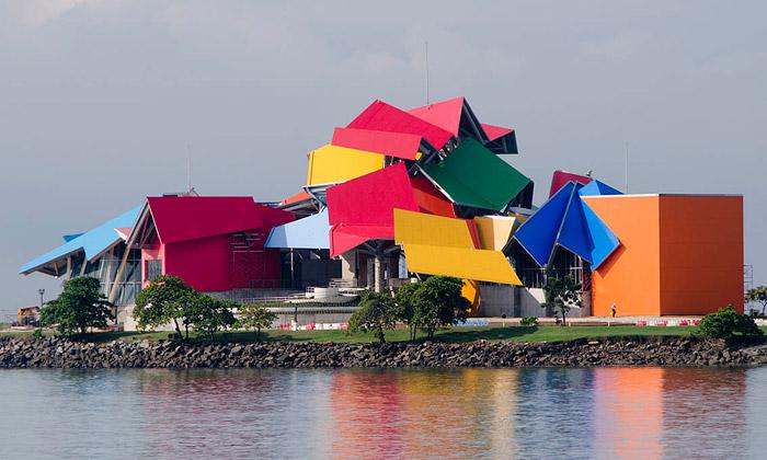 Panama má pestrobarevné Biomuzeum odGehryho