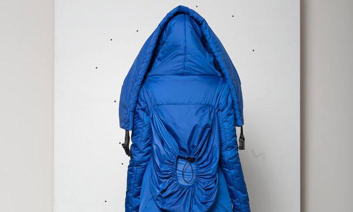 Modrá barva dominuje hravé kolekci Hany Zárubové