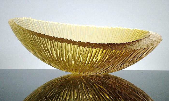 Jan Falta vystaví naPrague Design Week lesní mísy