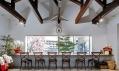 Kavárna Mirrors od Bandesgin v Japonsku