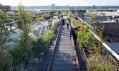 Třetí část nadzemky přestavěné napark High Line označován jako Rail Yards