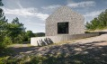 Karst House od studia Dekleva Gregorič Arhitekti