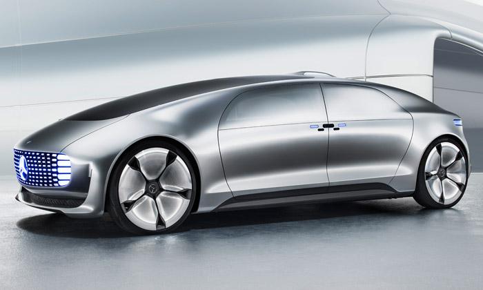 Mercedes-Benz odhalil futuristické samořídící auto