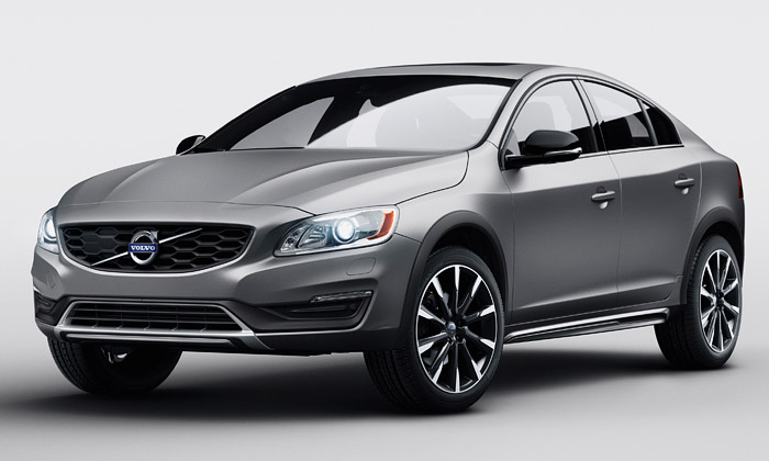 Volvo S60 Cross Country je sedan určený i do terénu