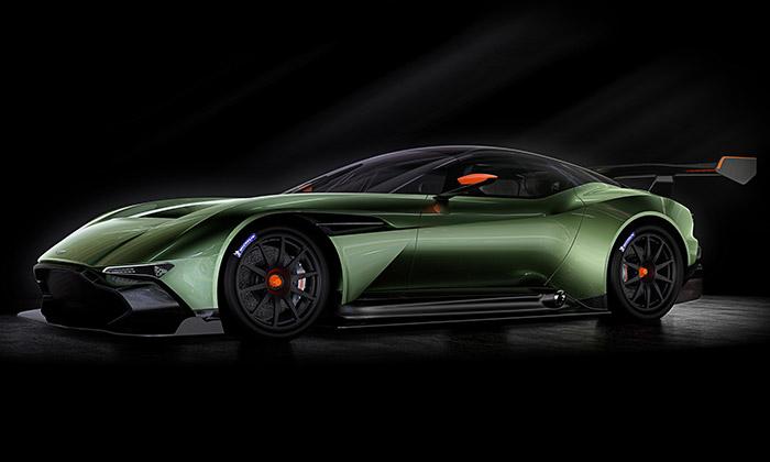 Aston Martin představil karbonový speciál Vulcan