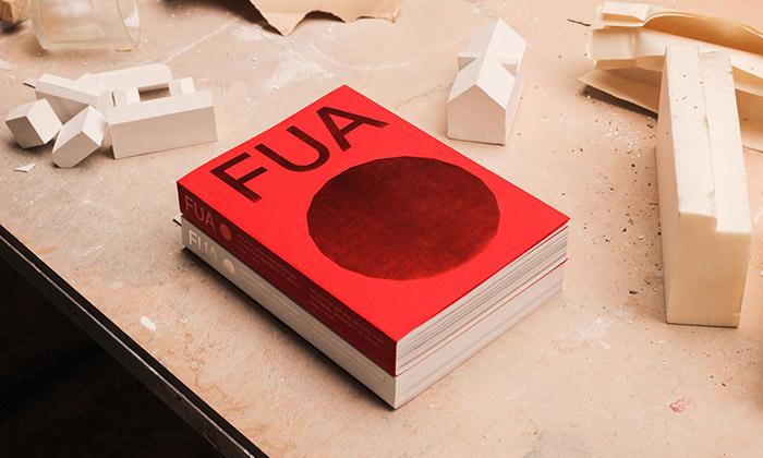 Fakulta umění aarchitektury vydala výroční knihy
