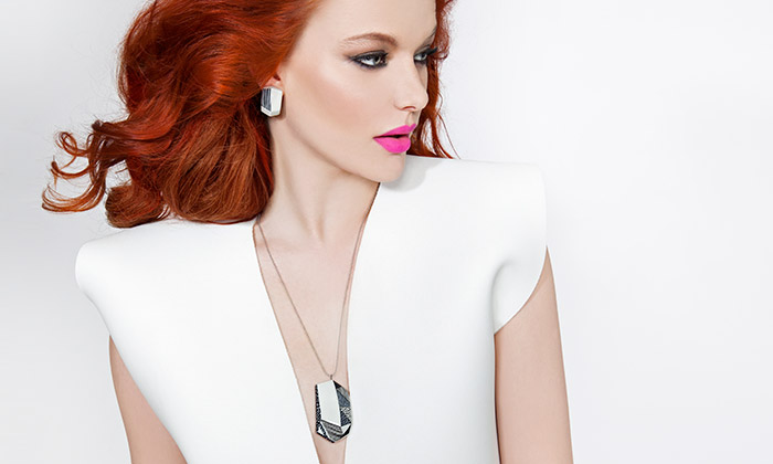 Studio Malíská navrhlo šperk dotvořený majitelem