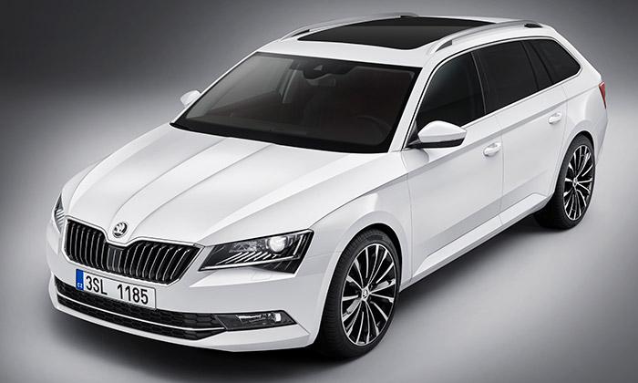 Škoda odhalila novou generaci vozu Superb Combi