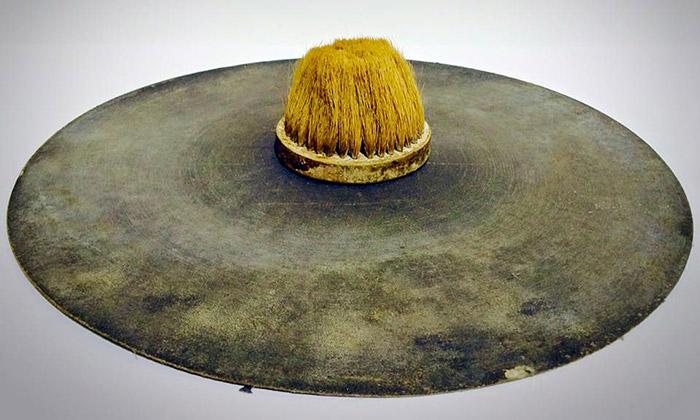 Ukázka z výstavy Tribal výstvarníka Františka Skály