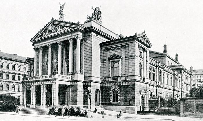 Galerie UM vystavuje architekturu českých Němců