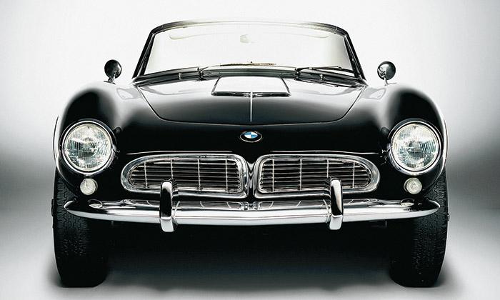 Kultovní roadster BMW 507 slaví šedesáté výročí