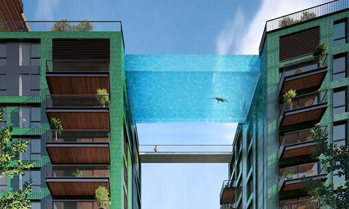 Londýn postaví skleněný bazén mezi dvěma domy
