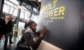 Usian Bolt na věži Bolt Tower v Ostravě