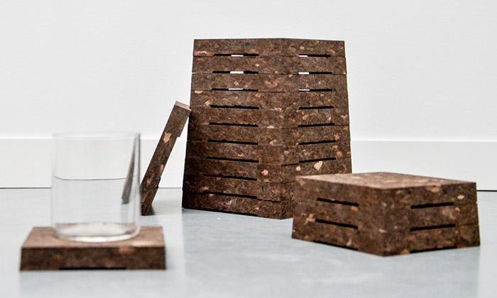 Uptown Design vystavuje nábytek zodpadního korku