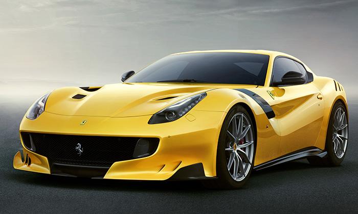 Ferrari F12tdf vzdává poctu závodům Tour de France