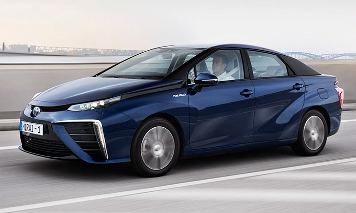 Toyota Mirai jeekologický vůz navodíkový pohon