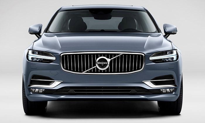 Volvo S90 vsobě spojuje luxus amoderní design