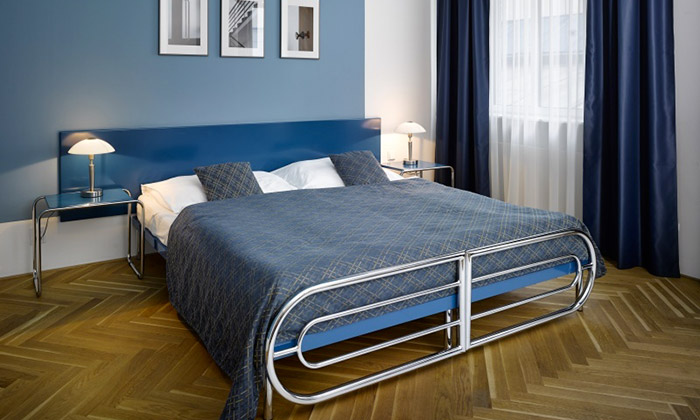 Pražský hotel AXA oživil svůj funkcionalistický duch