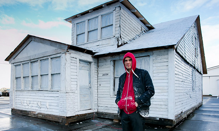 Art Rotterdam vystavil icelý dřevěný dům zDetroitu