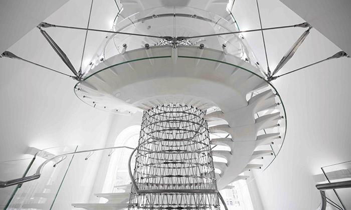 Eva Jiřičná postavila schodiště vpaláci Somerset