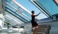Odsunuté prosklení Solara Perspektiv umožňuje pohodlný výstup na střešní terasu
