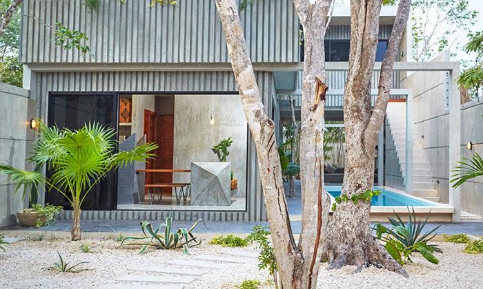 Casa T namexickém pobřeží vsobě mísí trojici živlů