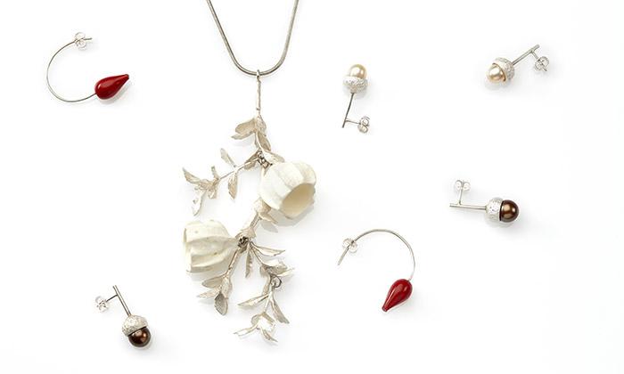 Hanuš Lamr navrhl kolekci šperků natéma Folklor