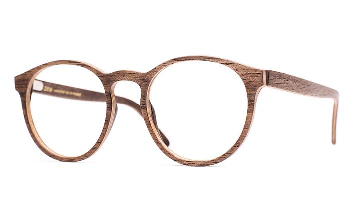 Česká značka ZEW vyrábí obruby brýlí ze dřeva