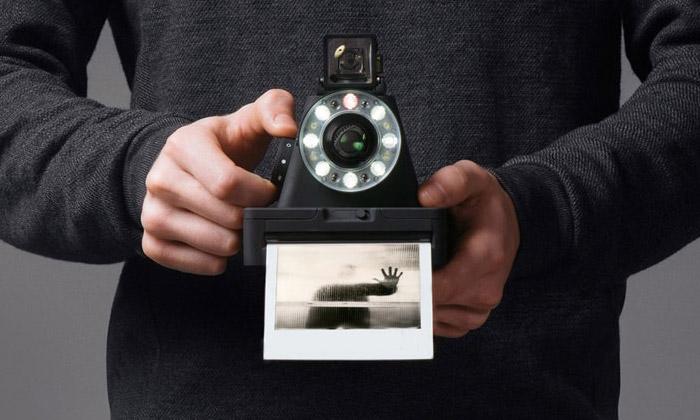Polaroidový fotoaparát I-1 umí imanuální nastavení